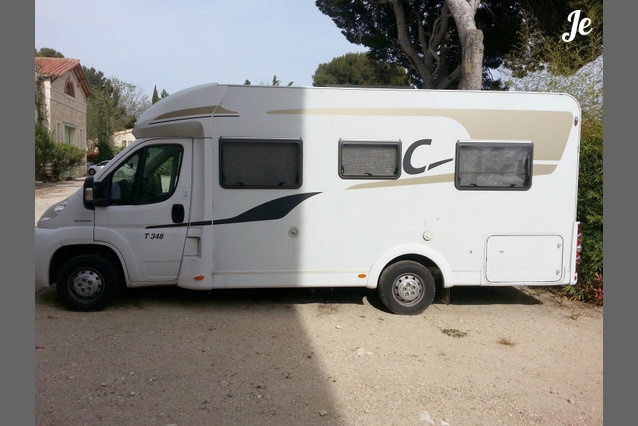 Location camping car profil lan on de provence 89 - Location camping car salon de provence ...