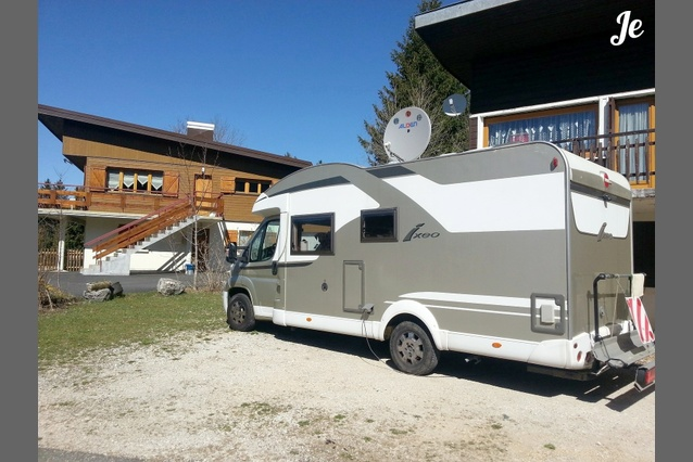 Location camping car profil trans en provence 97 - Location camping car salon de provence ...